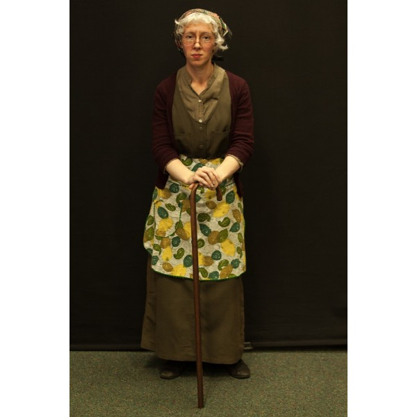 1940s – Women's Full Outfit,  Green and Burgundy