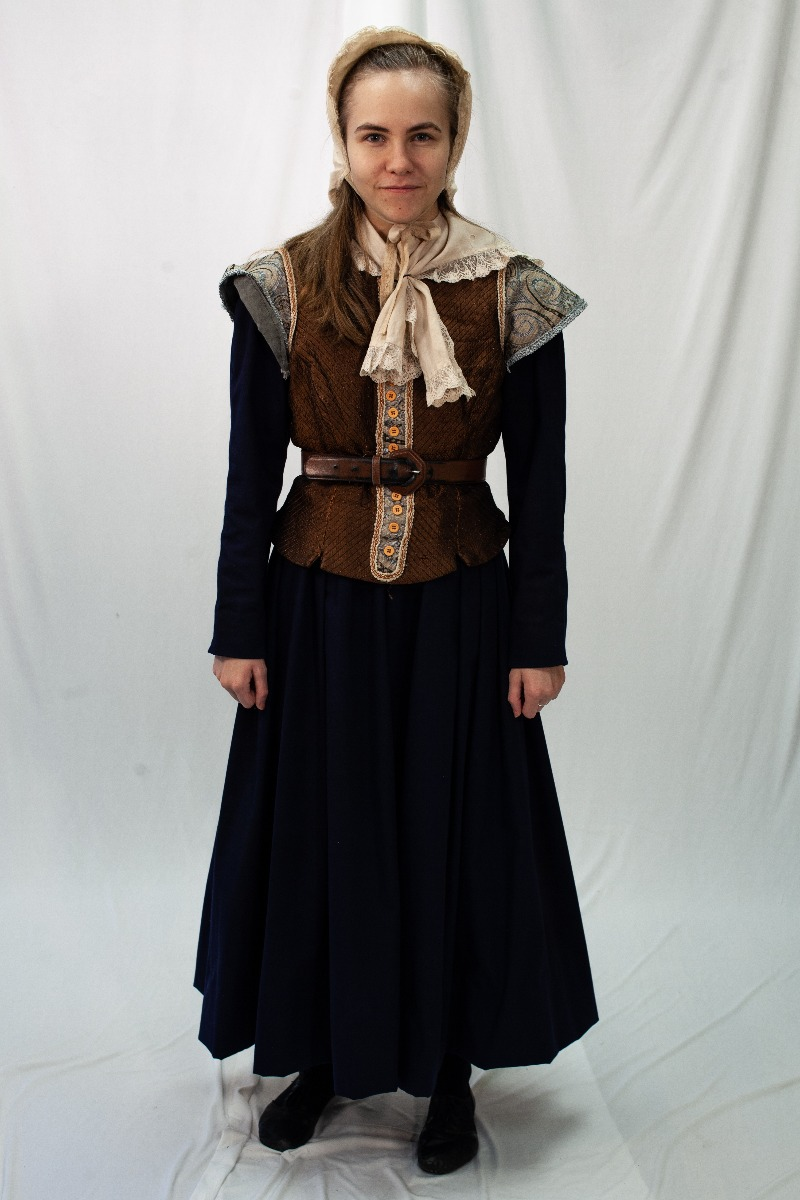 Tudor/ Elizabethan – Women's Full Outfit,  Navy Blue