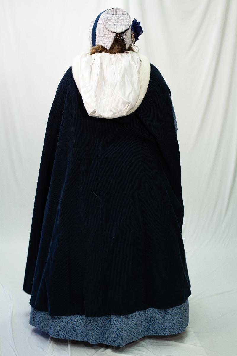 Dickens/ Civil War – Women's Full Outfit,  Caroler 2