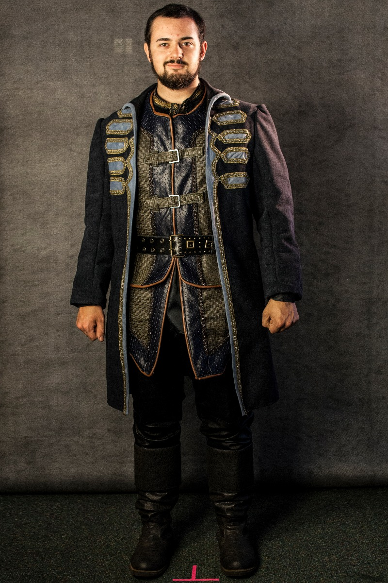 Narnia PC Men's Full Outfit, Miraz Camp