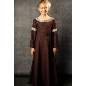 Narnia PC Child's Full Outfit, Young Eden 2