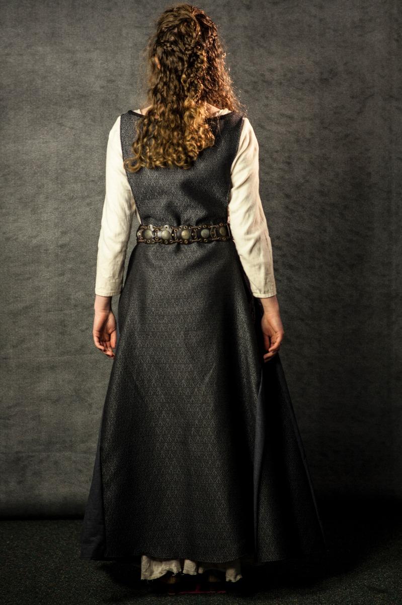 Narnia PC Women's Full Outfit, Anwen