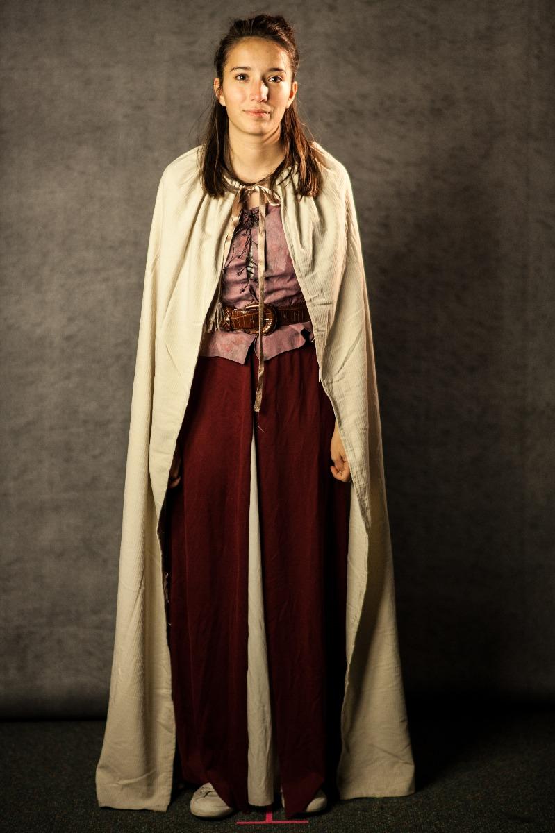 Narnia PC Women's Full Outfit, Telmarine Woman 4