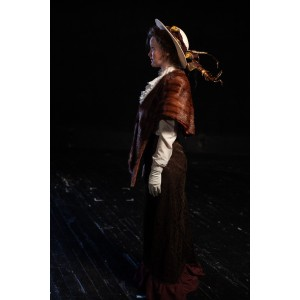 Bustle/Turn of the Century – Women's Full Outfit,  Brown Fur