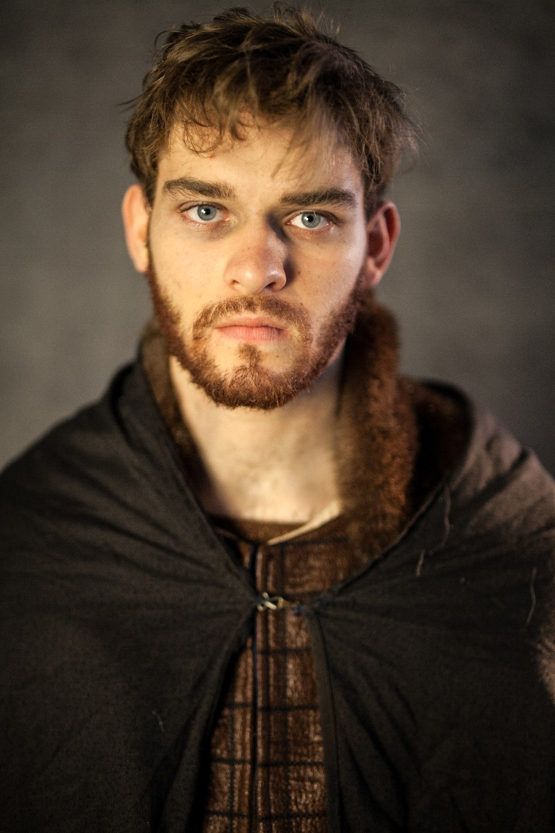 Narnia PC Men's Full Outfit, Viking Man 1