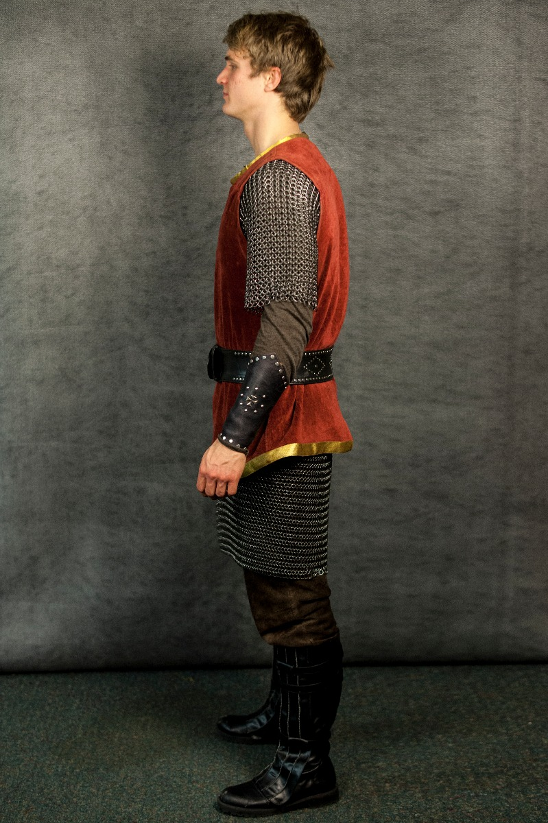 Narnia LWW Peter Pevensie Battle Outfit vs1
