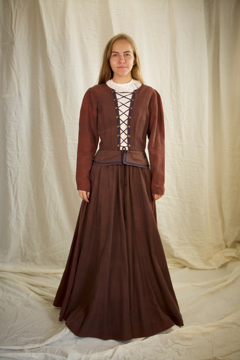 Renaissance – Women's Outfit Full,  Brown