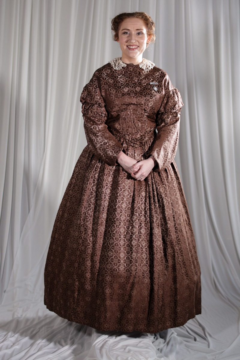 Crinoline/Civil War – Women's Full Outfit