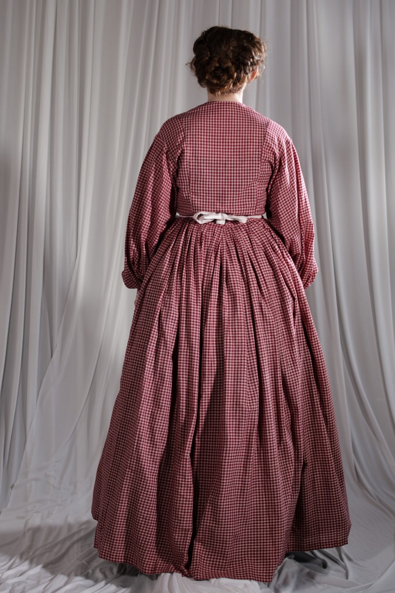 Crinoline/Civil War – Women's Full Outfit,  Red Checked