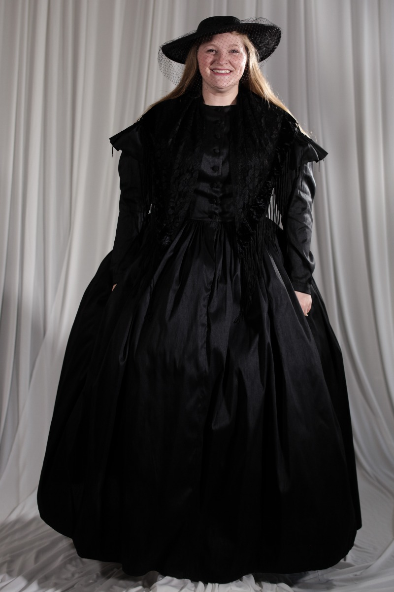 Crinoline/Civil War – Women's Full Outfit,  Black Mourning Outfit