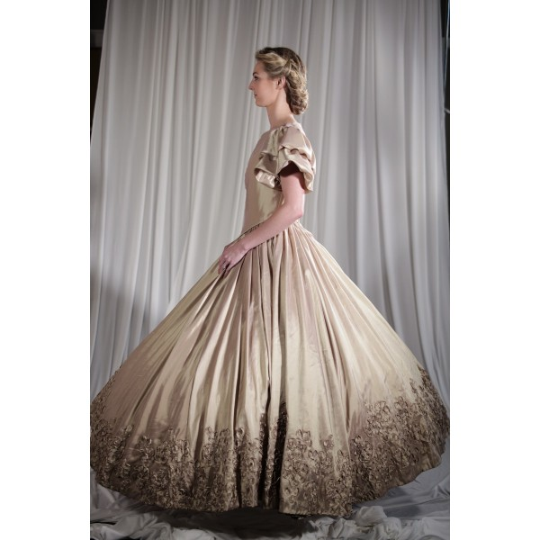 Crinoline/Civil War – Ball Gown,  Women's Full Outfit,  Beige