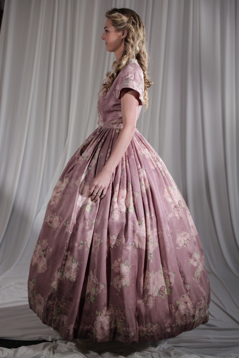 Crinoline/Civil War – Women's Full Outfit,  Pink