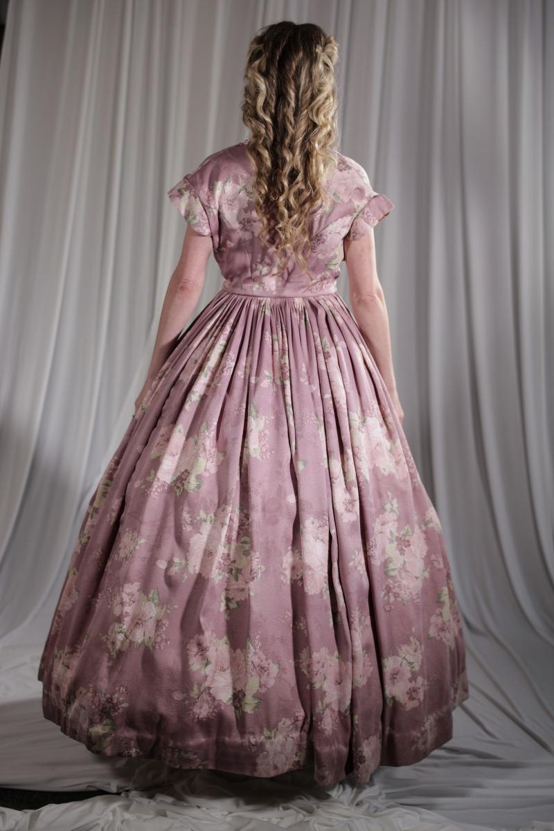 Crinoline/Civil War – Women's Full Outfit,  Pink