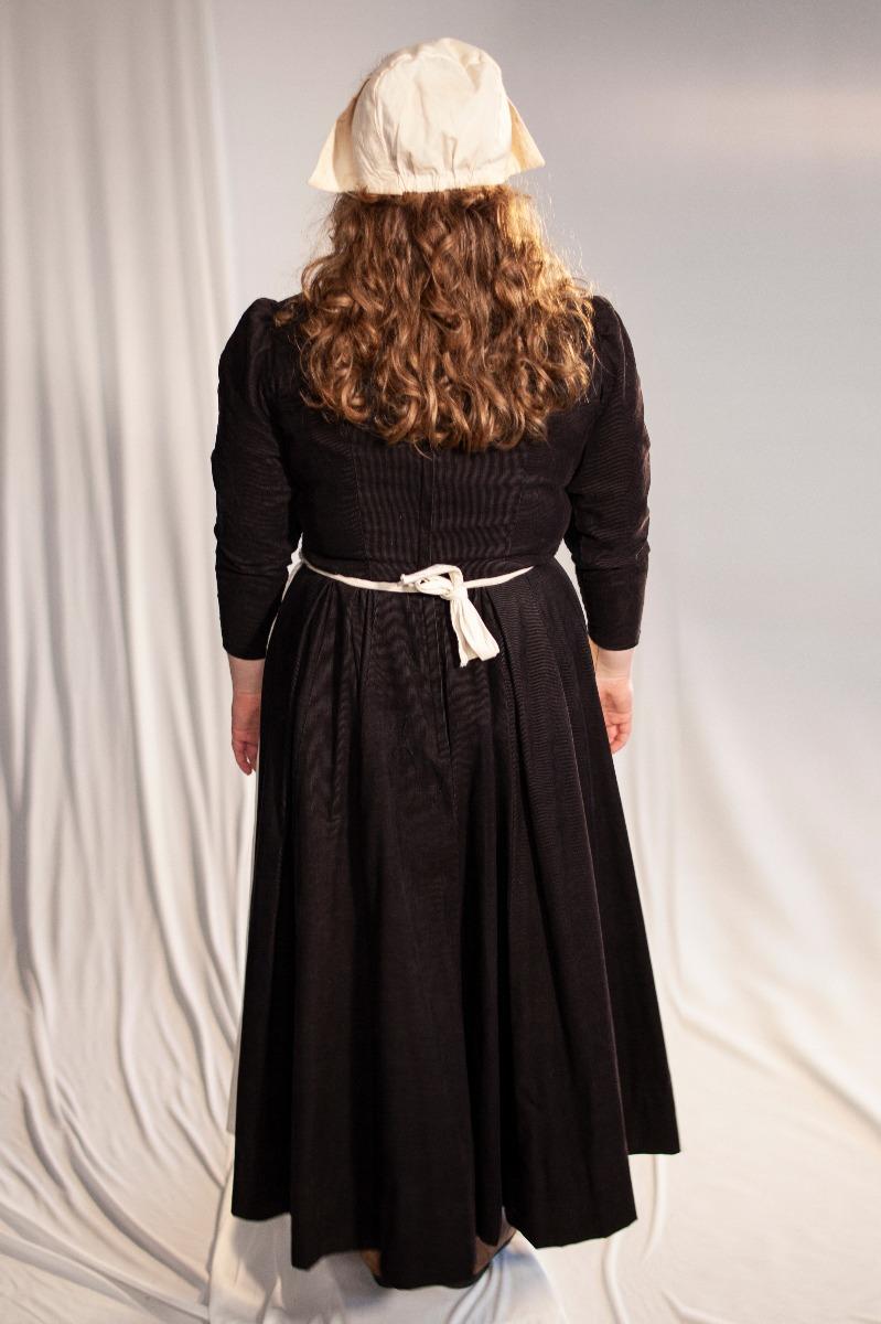 Renaissance – Women's Full Outfit,  Black