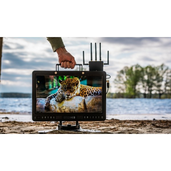 SmallHD 2403 24-in HDR Production Monitor w/Gold mount plate
