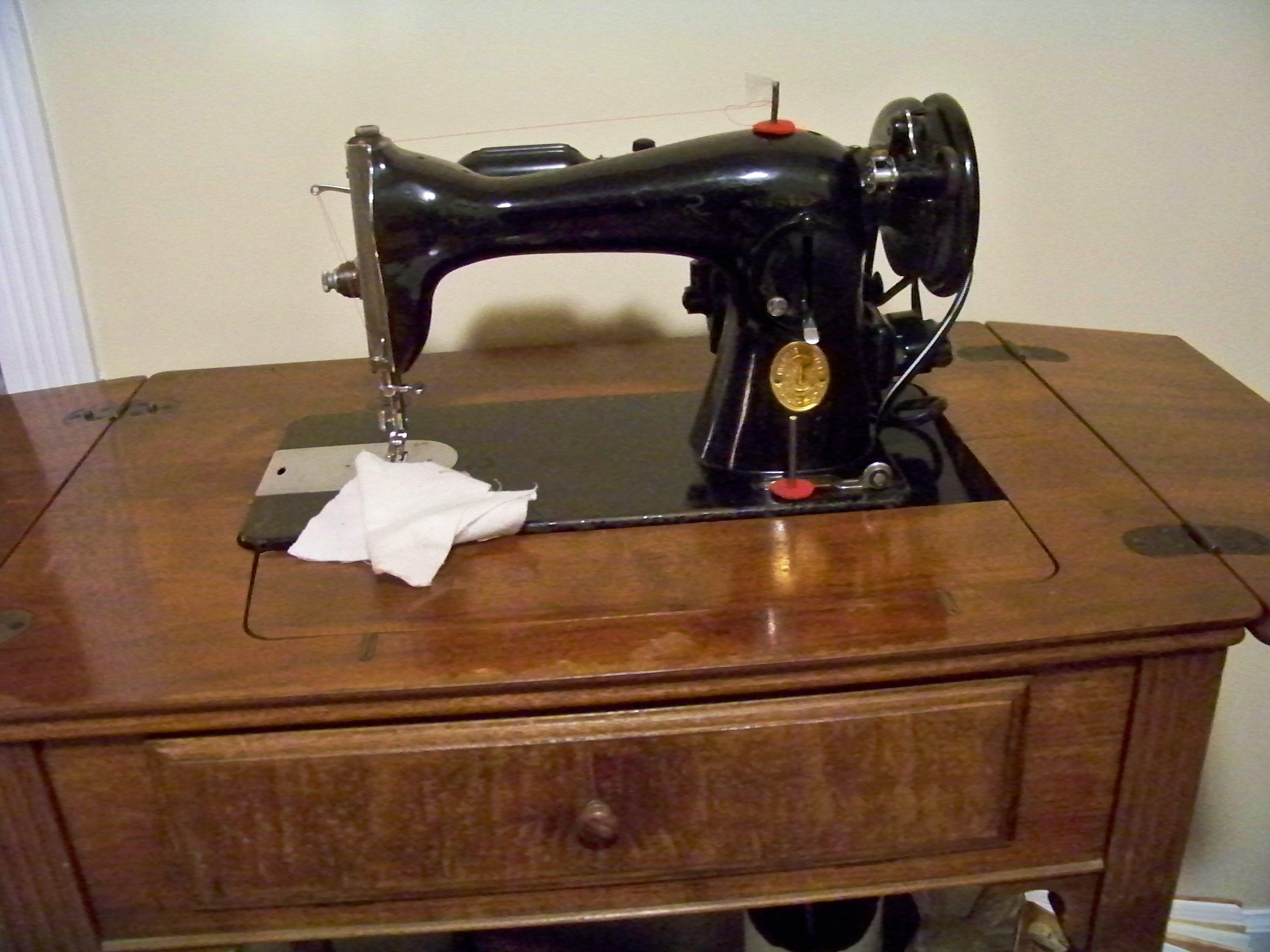 Sewing Machine, Vintage