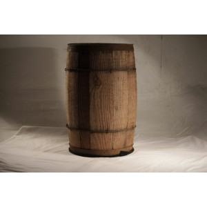 Barrel, small wooden tan