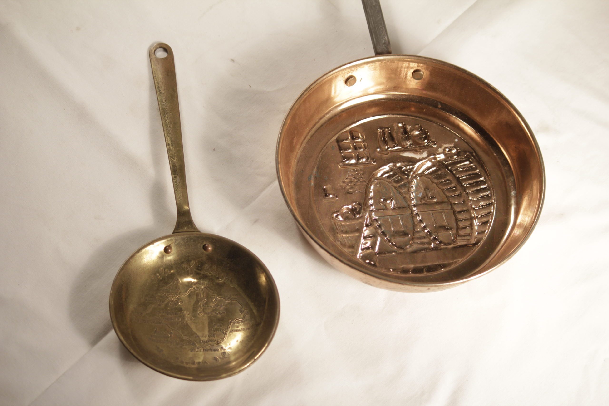 Copper Hanging Pans