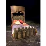 Queen Lune Bed
