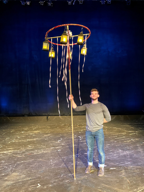 Hanging Lantern Stand