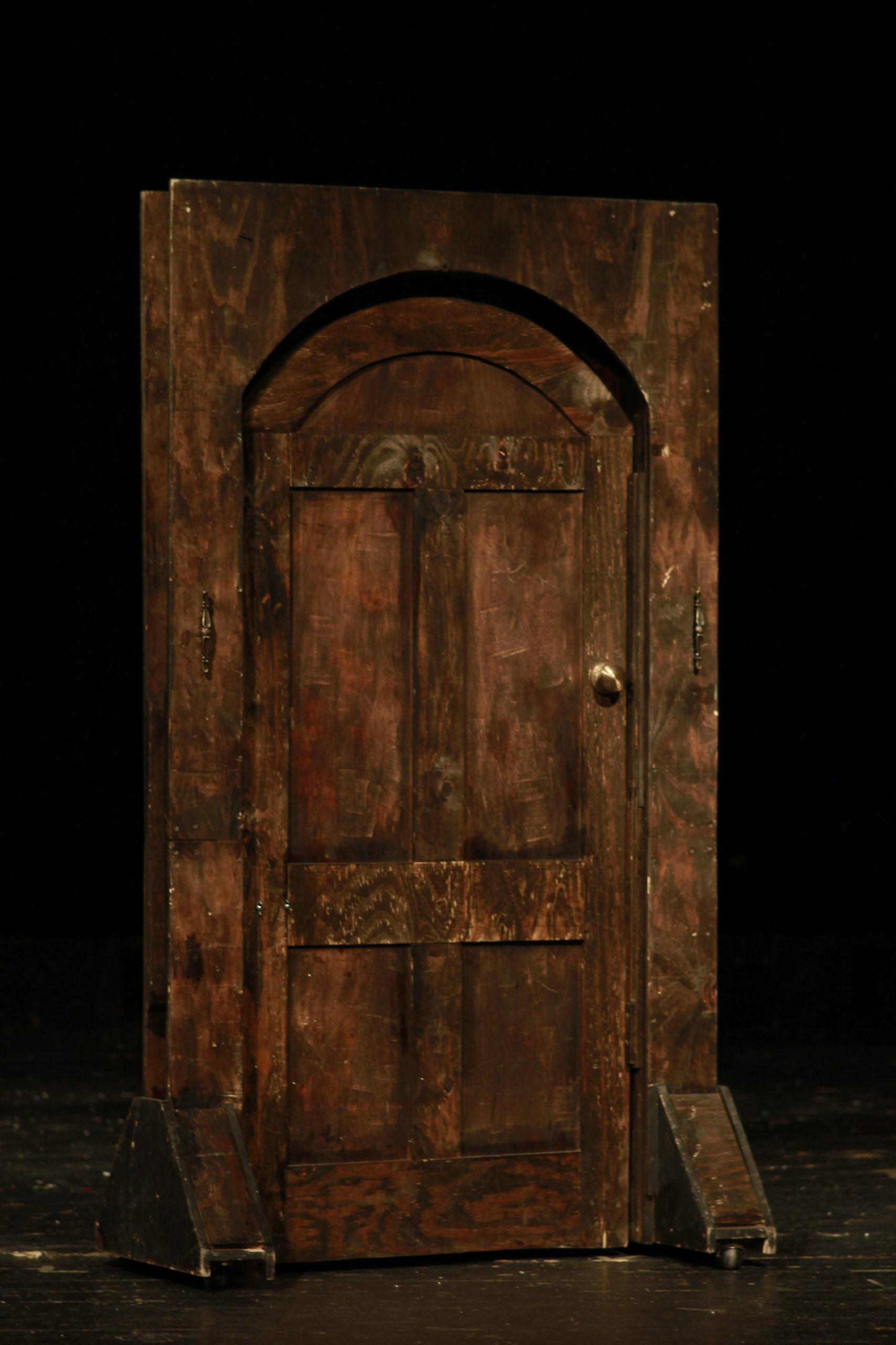 Door, Freestanding Old Wooden Curved