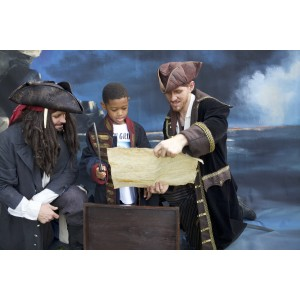 Performing Character – Pirate
