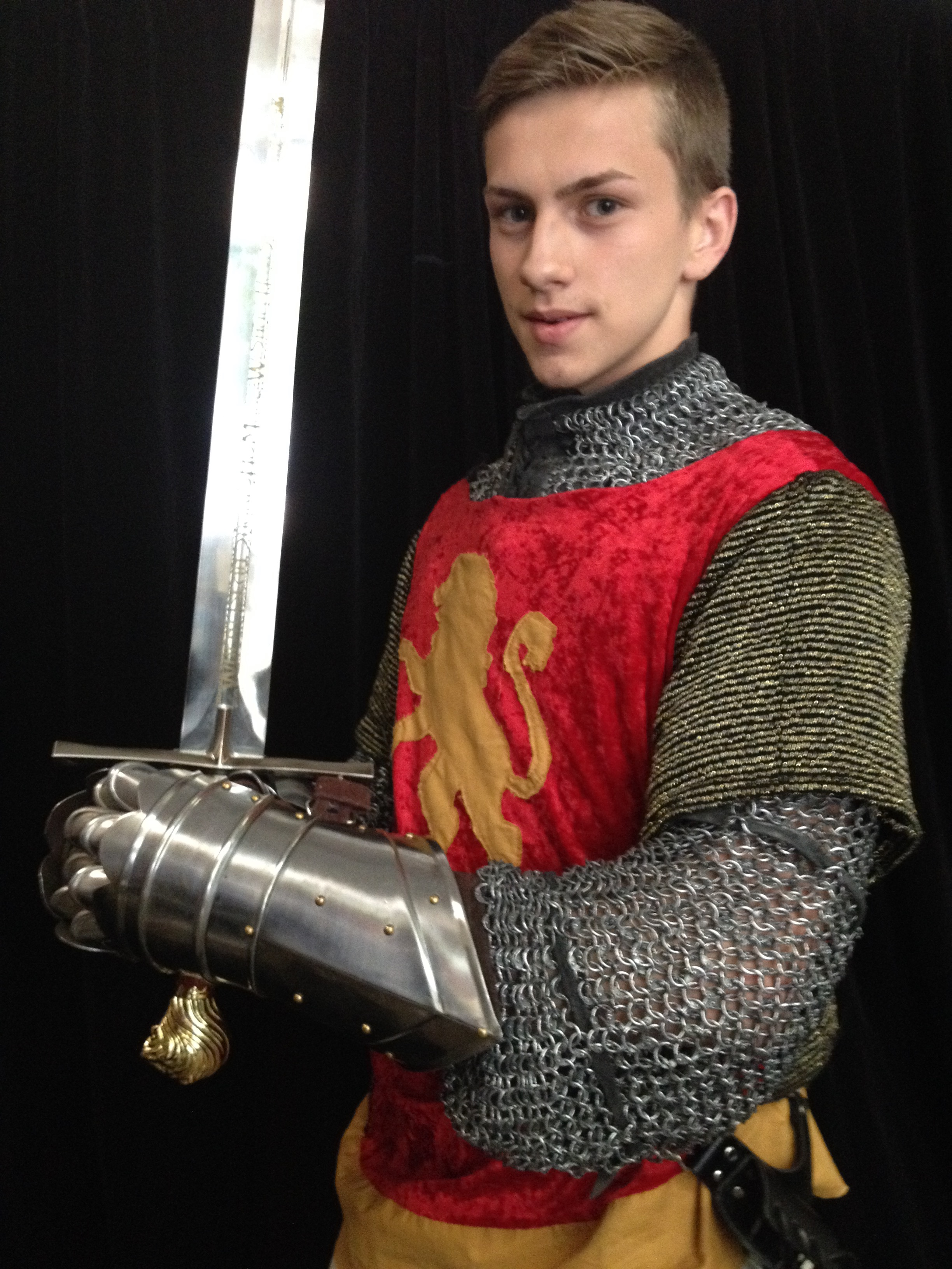 Narnia LWW Peter Pevensie Battle Outfit vs2