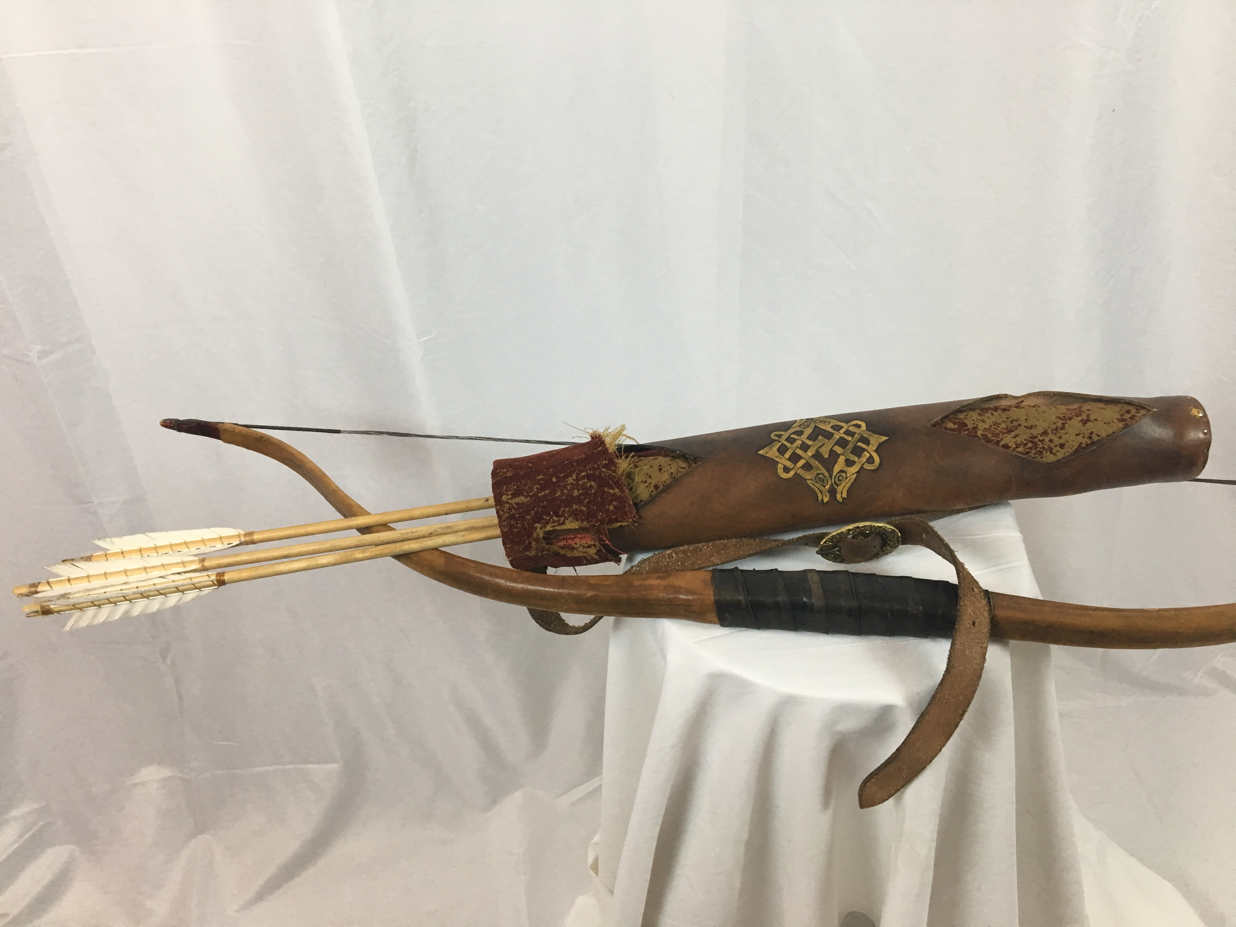 Bow and Quiver vs1
