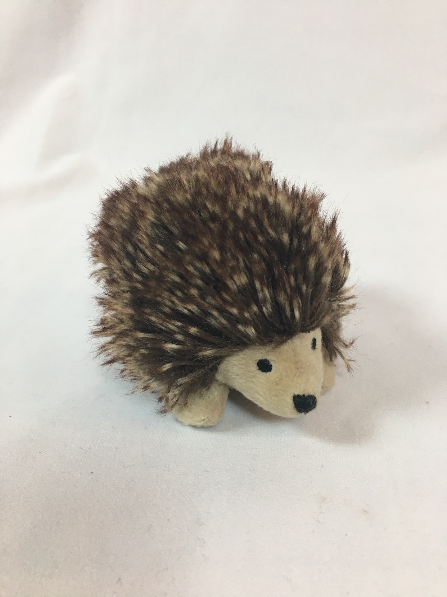 Alice, Croquet Hedgehog